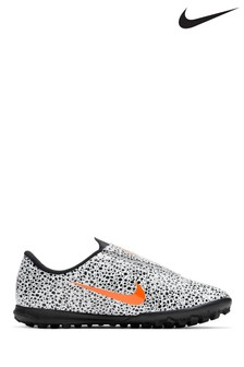 Nike White/Black Mercurial Vapor 13 Club CR7 Turf Infant Football Boots