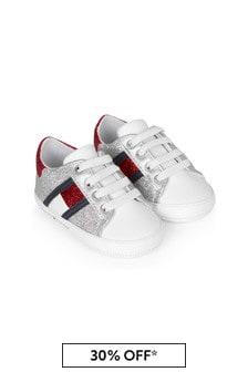 حذاء رياضي أبيض للبنات البيبي