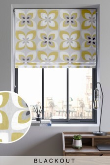 Retro Petals Blackout Roman Blind