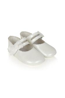 حذاء بيبي بناتي جلد أبيض