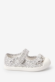 Mono Ruffle Canvas Bumper Toe Mary Jane Shoes