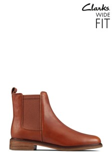 Clarks Tan Leather Clarkdale Arlo Boots