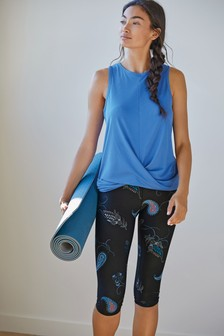 Paisley Printed Sculpting Sports Capri Leggings
