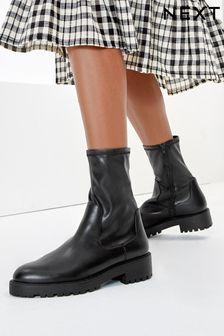 Black Regular/Wide Fit Forever Comfort Sock Chelsea Boots