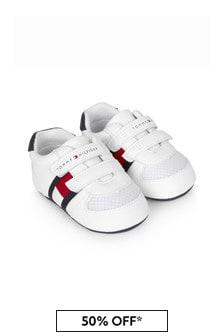 حذاء رياضي أبيض للبيبي