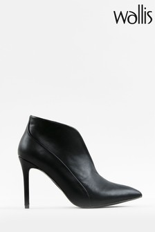 Wallis Patch Black V Throat Pointed Boots