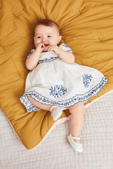 White Embroidered Smock Dress With Knickers (0mths-2yrs)