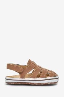 Tan Fisherman Pram Shoes (0-24mths)