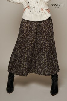 Sonder Studio Green Animal Print Pleated Skirt