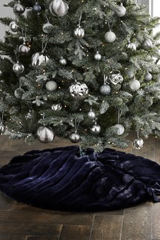 Faux Fur Tree Skirt