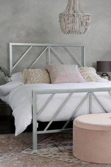 Silver Finish Piper Bed