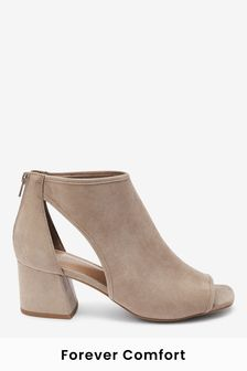 Sand Forever Comfort® Low Cut-Out Shoe Boots