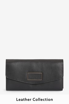 Black Leather Purse With Plaque Detail