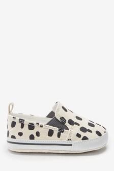 Neutral Mark Making Slip-On Pram Shoes (0-24mths)