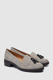 Monochrome Check  Cleated Tassel Loafers