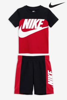 Nike Little Kids Amplify T-Shirt And Shorts Set
