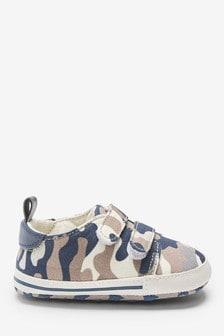 Camo Two Strap Pram Shoes (0-24mths)