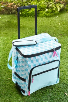 Picnic Cool Bag On Wheels