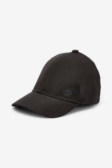 Black Sporty Cap (Older)