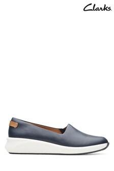 Clarks Navy Un Rio Step Shoes