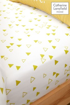 Giraffe Fitted Sheet by Catherine Lansfield