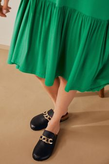 Black Leather With Chain Forever Comfort® Closed Toe Footbed Mules