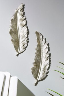 Set of 2 Feather Plaques