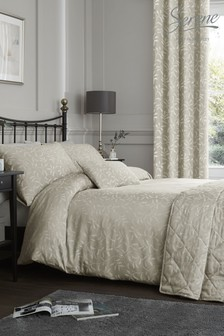 Alexa Jacqaurd Duvet Cover and Pillowcase Set by Serene