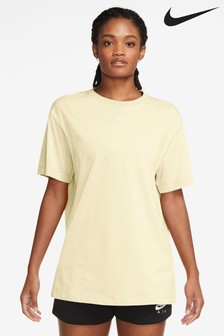 Nike Essential Boyfriend T-Shirt