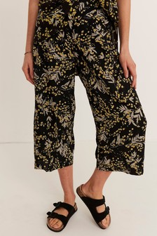 FatFace Black Mimosa Shirwell Crop Trousers