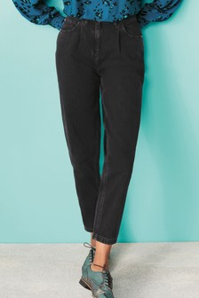 Black Slouchy Tapered Jeans