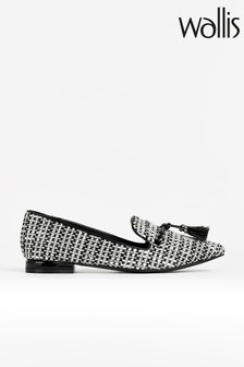 Wallis Bethany Tassle Point Flat Shoes