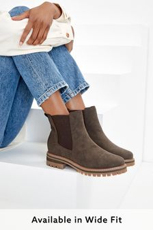 Chocolate Brown Regular/Wide Fit Forever Comfort® Chunky Casual Chelsea Boots