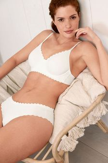 White Holly Forever Lite® Non Padded Scallop Bra