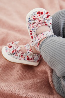 Ditsy Floral Mary Jane Pram Shoes (0-18mths)