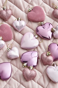 16 Piece Shatterproof Heart Baubles