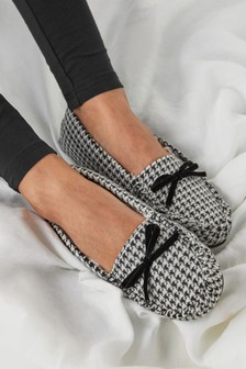 Black/White Dogtooth Moccasin Slippers