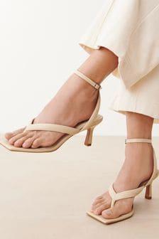 Buttermilk Signature Padded Toe Post Sandals