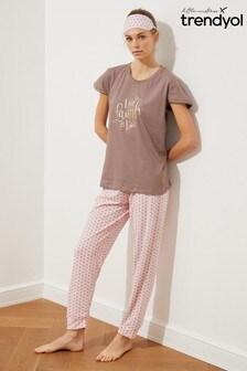 Trendyol Brown Live Laugh Love Slogan Pyjamas