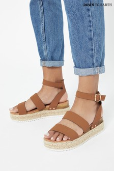 Down To Earth Brown Flatform Strap Sandal