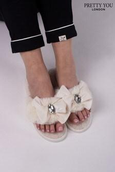 Pretty You London Cream Diana Jewel Toe Post Slipper