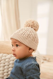Ecru Cable Knitted Hat with Pom (Newborn)