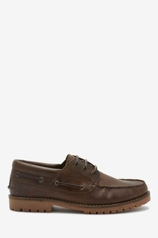 Brown Waxy Boat Shoes