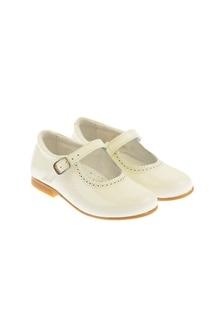 Andanines Patent Ivory Scalloped Edge Mary Jane Shoes