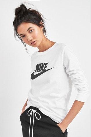 Nike Essential Futura Icon Long Sleeved T-Shirt