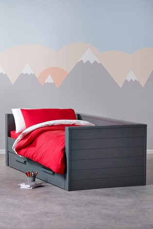 Cody Bed