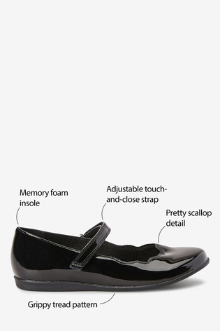 Black Patent Scallop Mary Jane Shoes