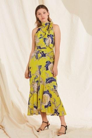 cf02fbae052e70 Żółta sukienka w egzotyczne motywy kwiatowe Whistles Peria ...