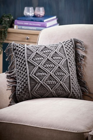 Macramé Tassel Cushion