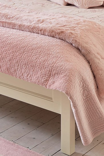 Blush Carrie Bedspread